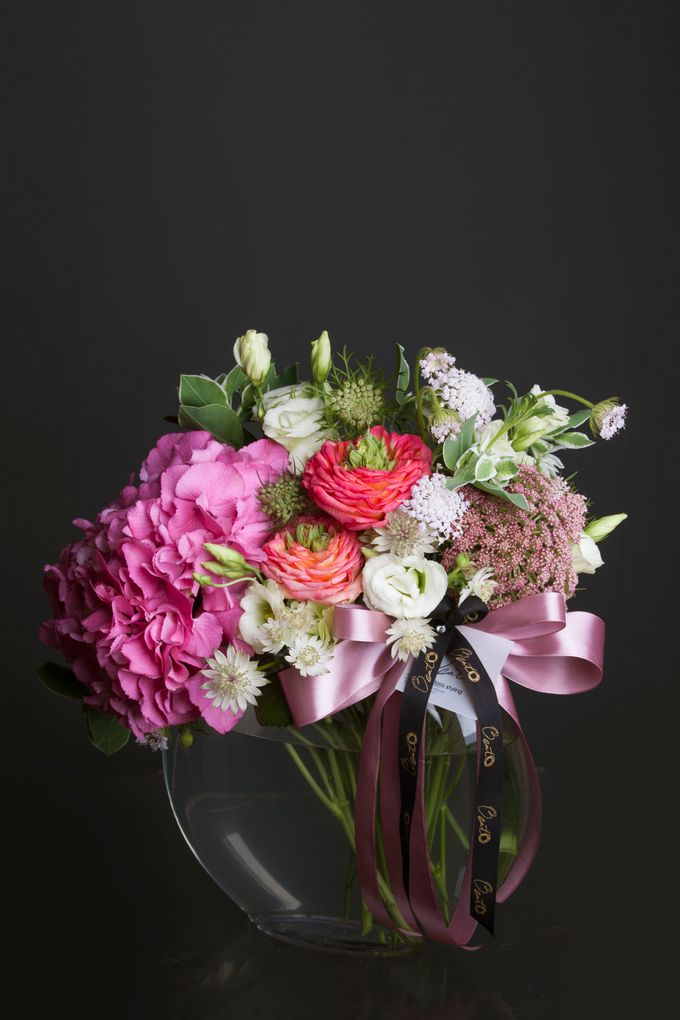 Flora Styling in vase by Beato - 016