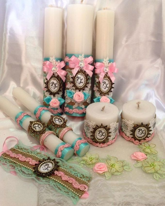 Handcrafted Bouquets and Wedding Accessories  by Duane's Fleur Creatif - 025