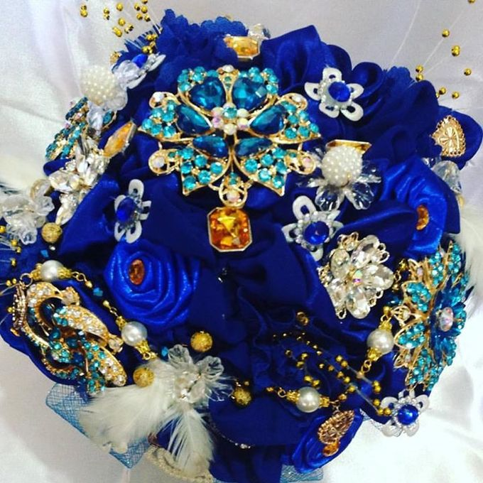 Handcrafted Bouquets and Wedding Accessories  by Duane's Fleur Creatif - 026