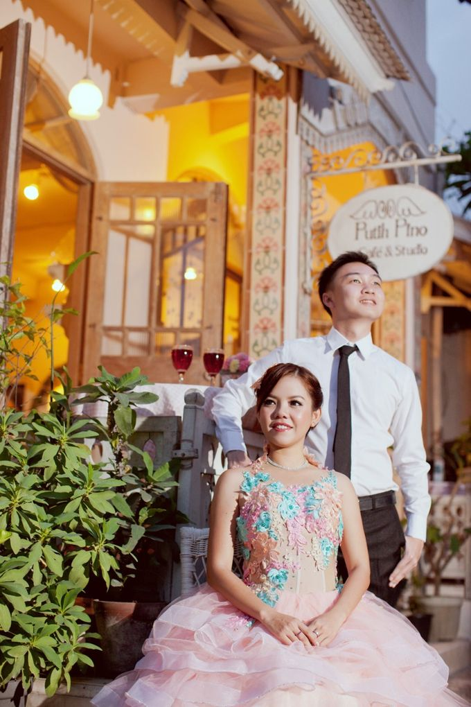 Mell and Aried Prewedding by bjcmakeupartist - 003