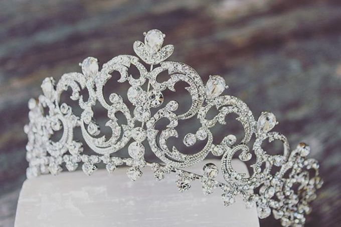 Regal Bridal Crowns and Tiaras and Headpieces by Eden Luxe Bridal - 025