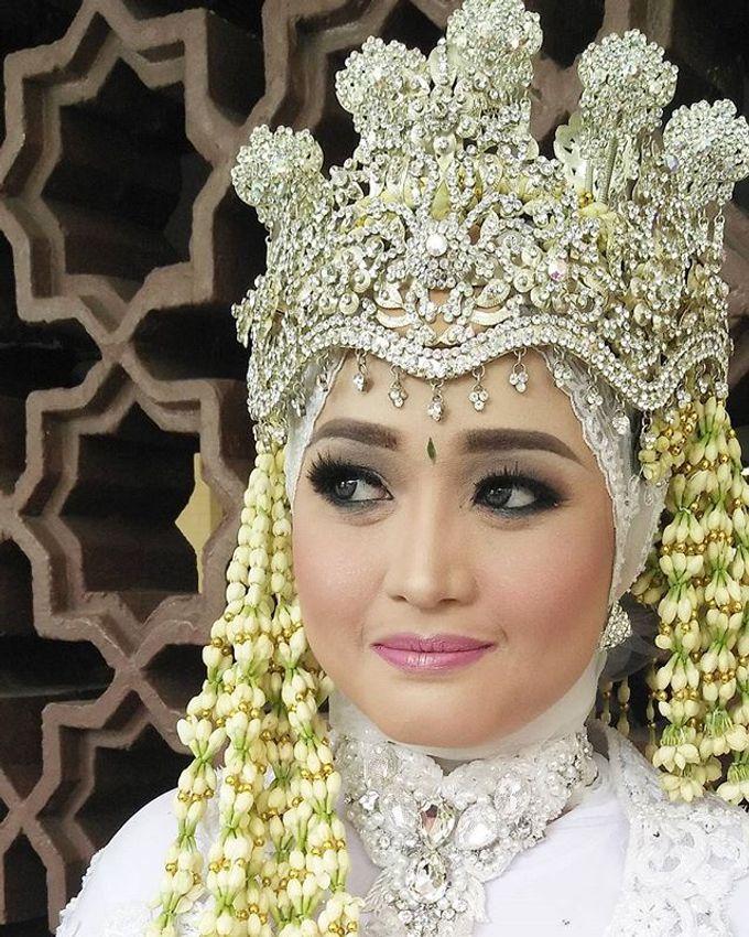 VANNY ARI *CHANDIRA WEDDING PACKAGE* by Chandira Wedding Organizer - 017