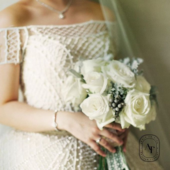 Bride Bouquet by Angie Fior - 001