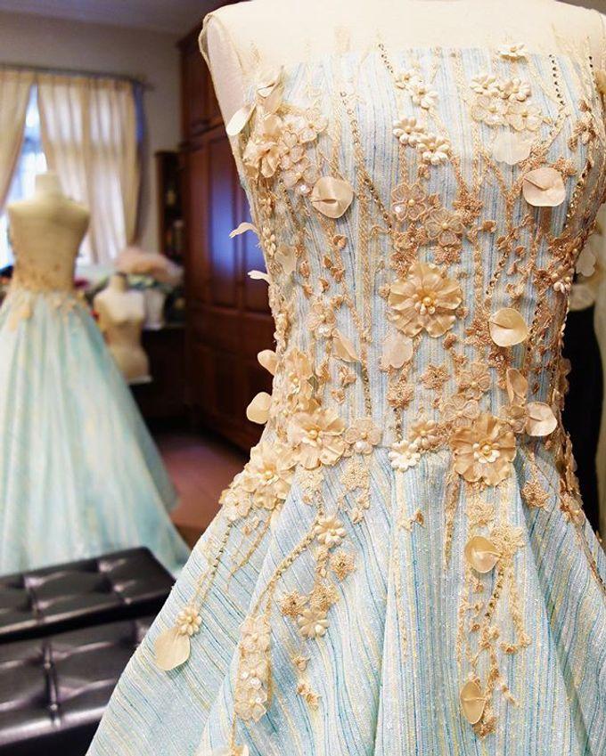 Sister Dresses of Lisa&Lukas Wedding  by FANNY KARTIKA - 003