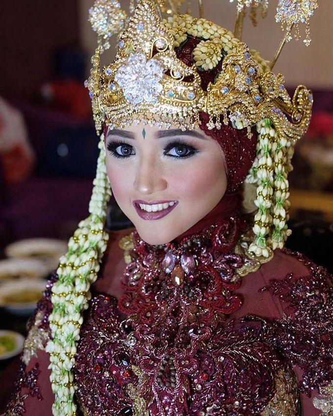 VANNY ARI *CHANDIRA WEDDING PACKAGE* by Chandira Wedding Organizer - 007