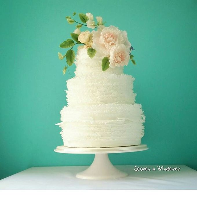 Intriccate frill decorated with handcrafted sugar flowers by Scones n Whatever by Kim Teo - 001