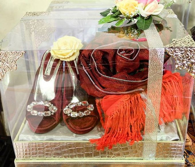 Syahnaz & Yudha engagement by Chandira Wedding Organizer - 022