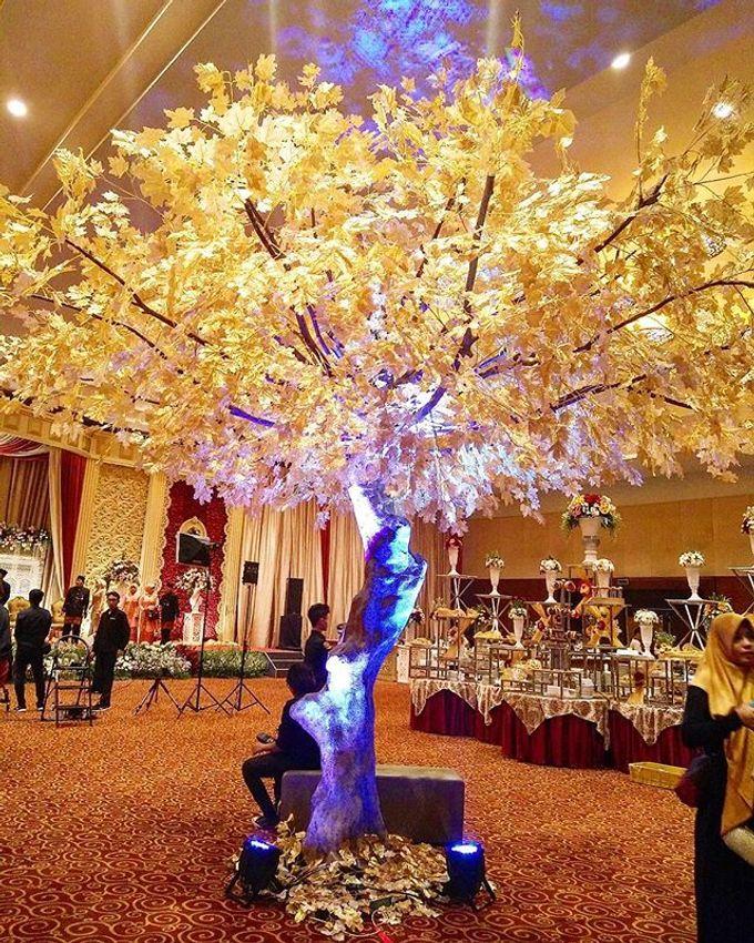 VANNY ARI *CHANDIRA WEDDING PACKAGE* by Chandira Wedding Organizer - 014