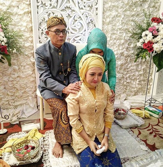 VANNY ARI *CHANDIRA WEDDING PACKAGE* by Chandira Wedding Organizer - 015