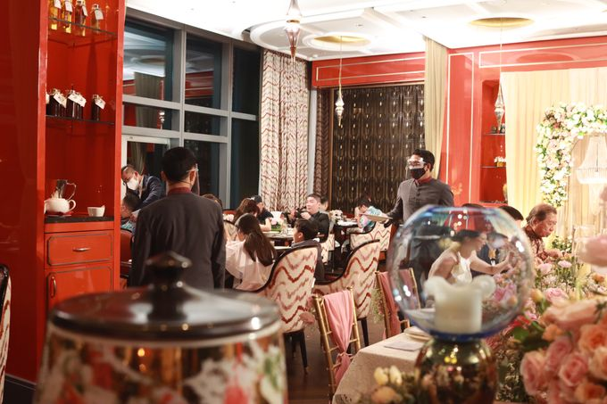 Fine Dinning Intimate entertainment wedding at Alto Restaurant Four Seasons Jakarta - Double V Entertainment by Hian Tjen - 005