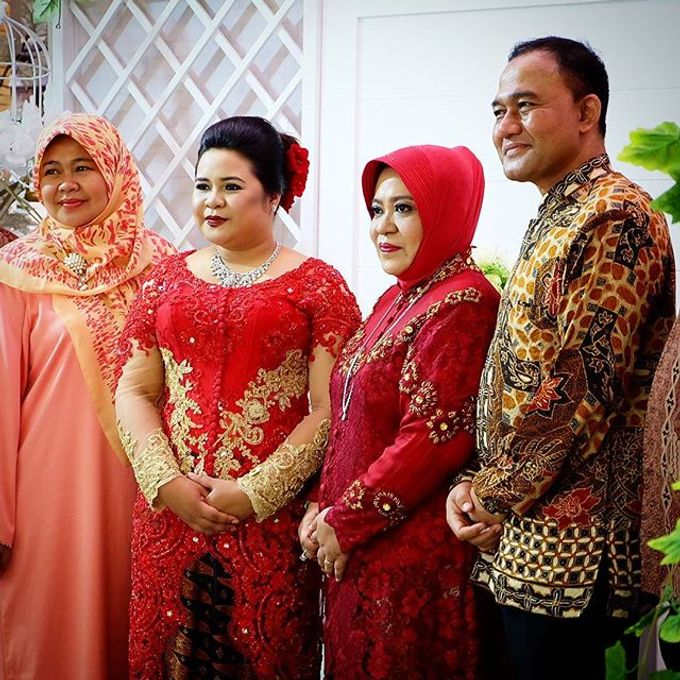 Syahnaz & Yudha engagement by Chandira Wedding Organizer - 020