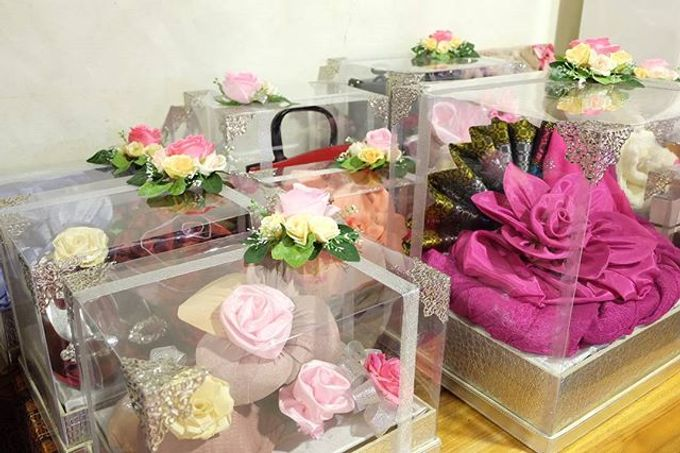 Syahnaz & Yudha engagement by Chandira Wedding Organizer - 024