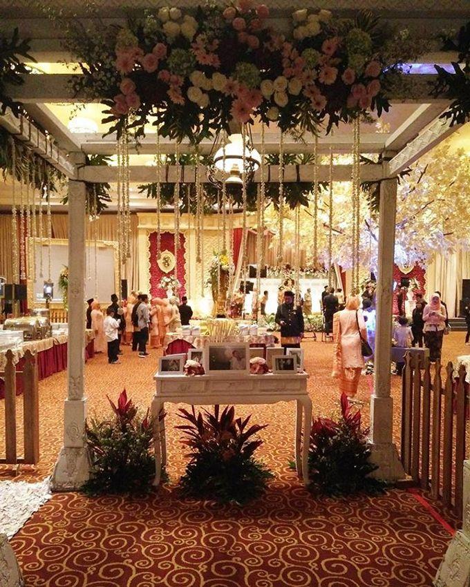 VANNY ARI *CHANDIRA WEDDING PACKAGE* by Chandira Wedding Organizer - 038
