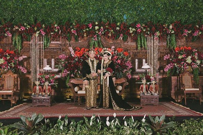The Wedding Of Viqinsi and Gilang by Seserahan by Rose Arbor - 011