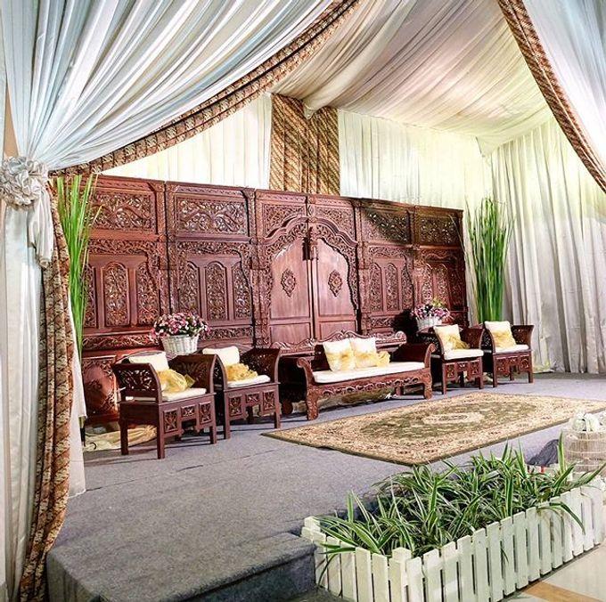Syahnaz & Yudha engagement by Chandira Wedding Organizer - 021