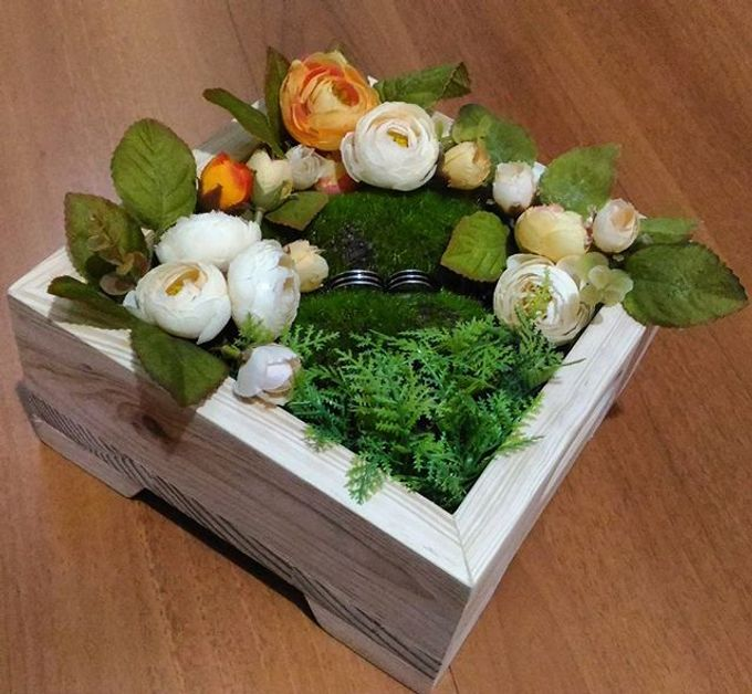 Wedding ring box by Hana Seserahan - 018
