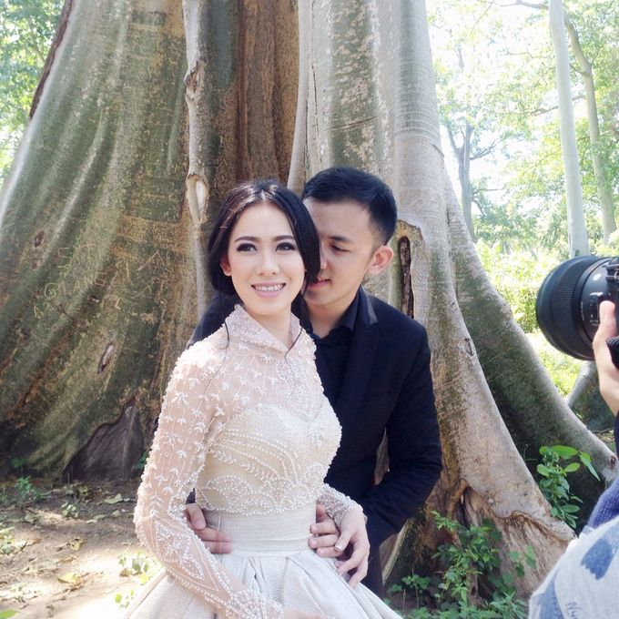 Davin & Yunisa Prewedding Makeup and hairdo by Imelda Hudiyono Bride - 001