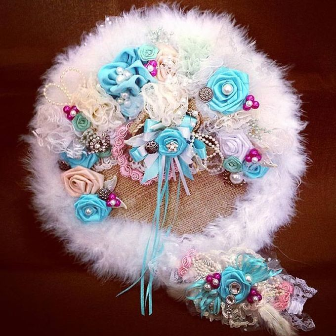 Handcrafted Bouquets and Wedding Accessories  by Duane's Fleur Creatif - 016