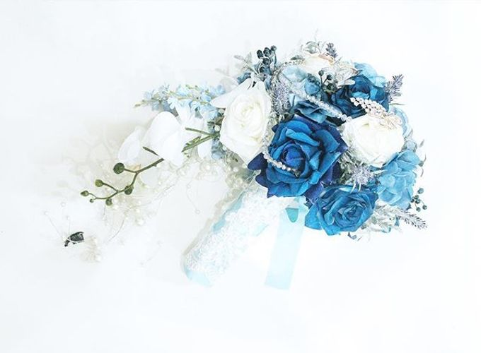 Royal Blue Cascade Hand Bouquet by Cup Of Love Design Studio - 002