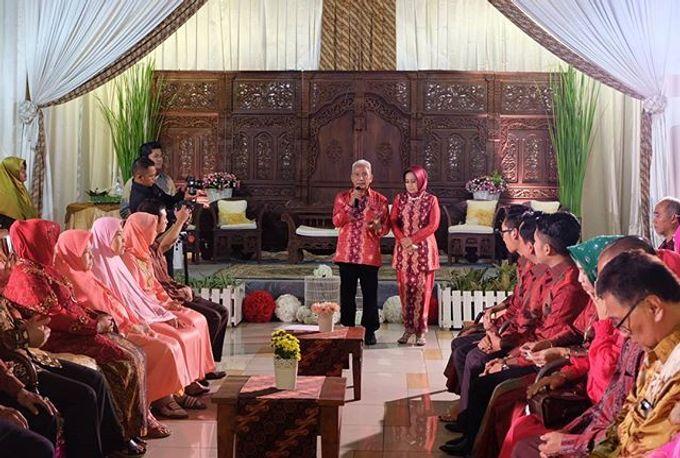 Syahnaz & Yudha engagement by Chandira Wedding Organizer - 005