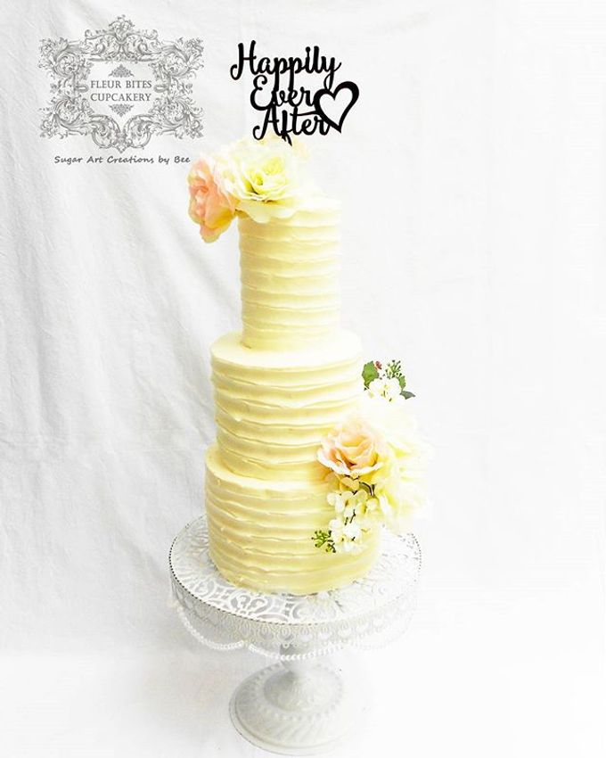 Engagements & Wedding Cakes by Fleur Bites Cupcakery - 026