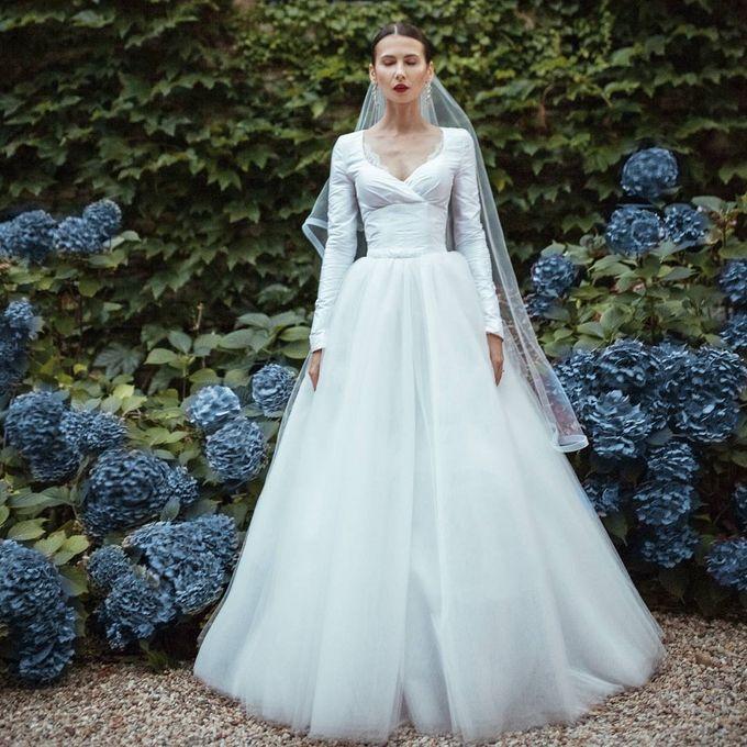 Versatile Elegance by Nicolas Laville Couture - 005