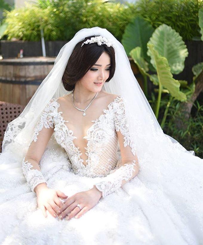 BONIFASIUS & MEIRILYN WEDDING DAY by Tinara Brides - 003