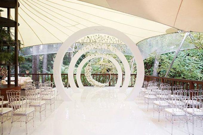 Snow-white wedding by Elena Pavlova - 001