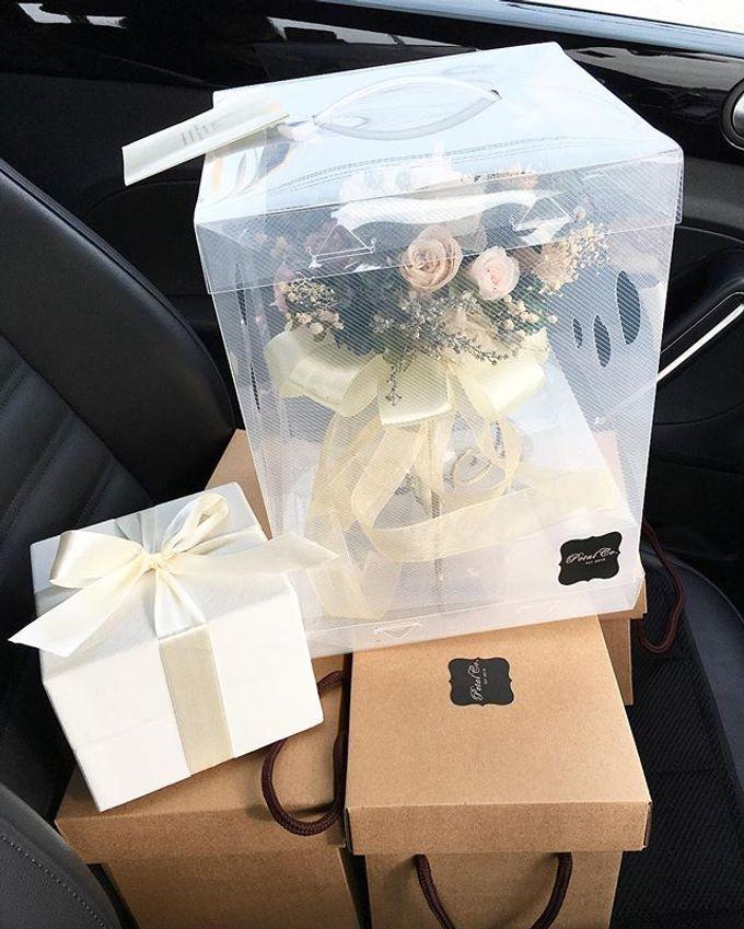 Bridal hand bouquet  by Petal Co. - 001