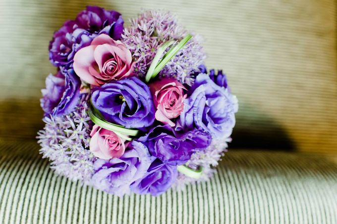 Bridal Hand Bouquets by Sing See Soon - 005