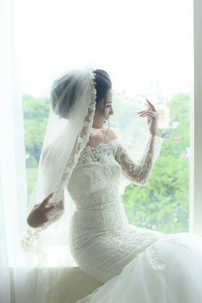 Terrycatherina & Arifs wedding by Stephanie Amanda Couture - 004