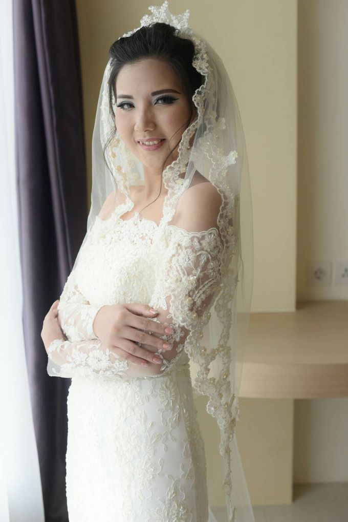 Terrycatherina & Arifs wedding by Stephanie Amanda Couture - 003