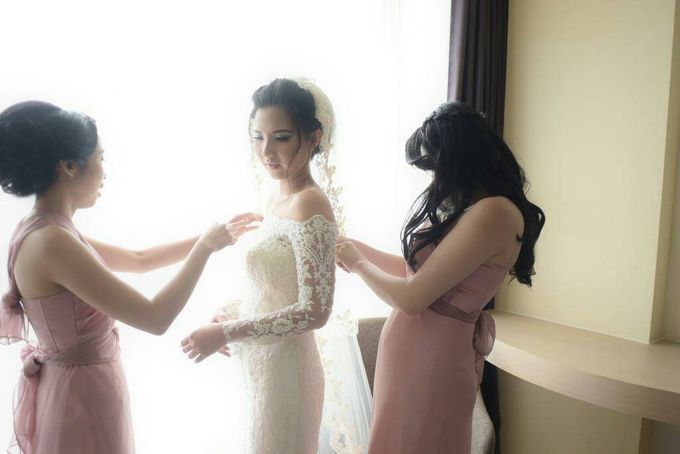 Terrycatherina & Arifs wedding by Stephanie Amanda Couture - 006