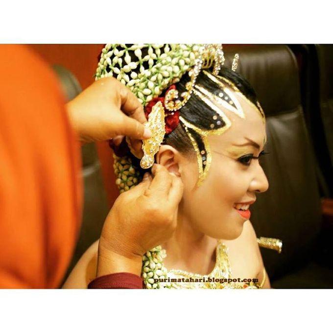 Pengantin Muslim by Puri Matahari Rias Pengantin - 036