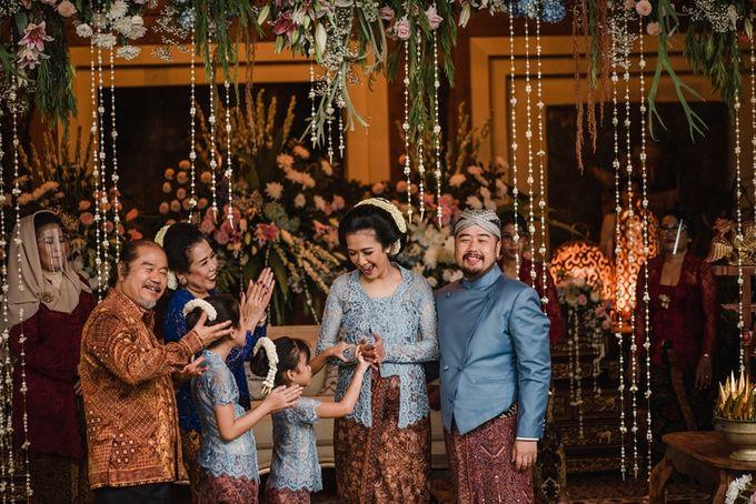 JAVANESE TRADITIONAL TINGKEBAN by Bali Izatta Wedding Planner & Wedding Florist Decorator - 012