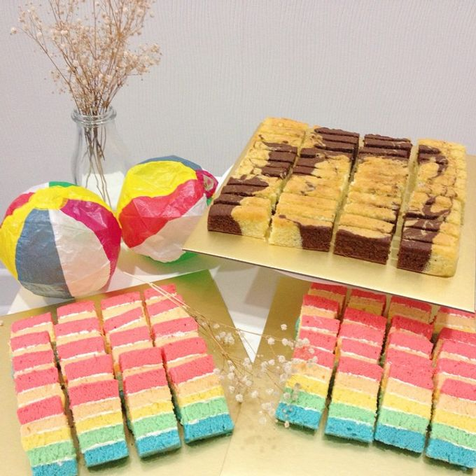 dessert table treats by The Rosette Co - 009