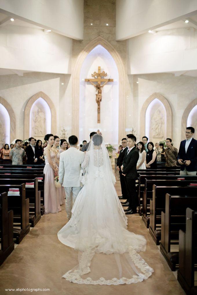THE WEDDING OF RICHARD & LYDIA by Cynthia Kusuma - 014