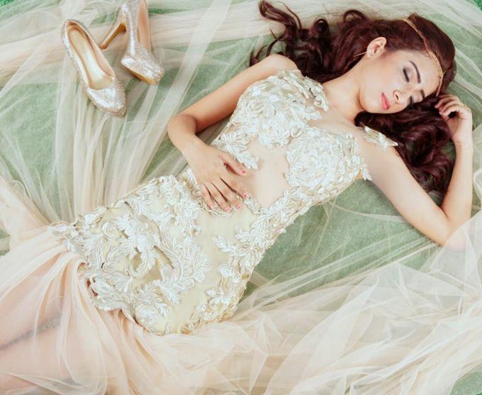 "Beautiful ""Pretty"" by Seyvia Charis - 003"