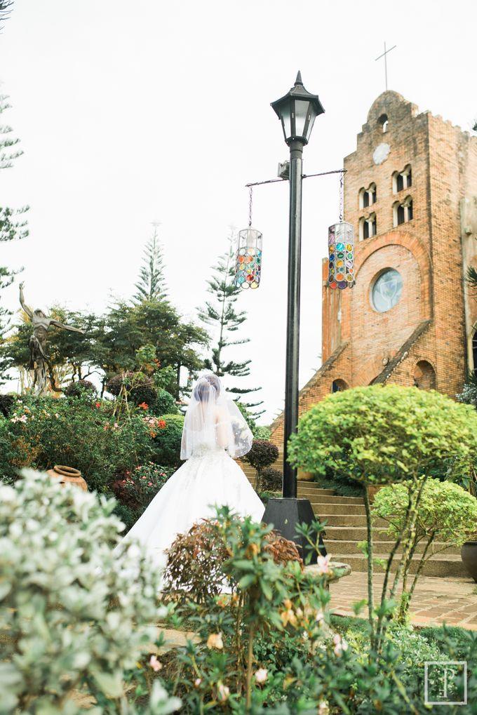 A Modern Peach Themed Tagaytay Wedding by Peach Frost Studio - 017