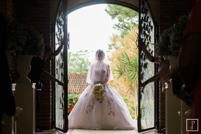 A Modern Peach Themed Tagaytay Wedding by Peach Frost Studio - 018