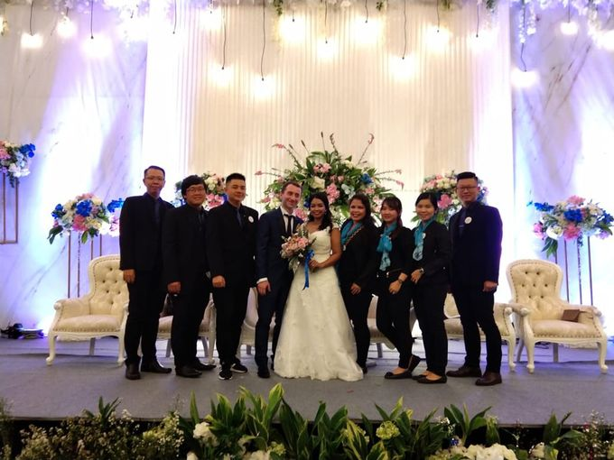 Andrea & Fransisca Wedding by deVOWed Wedding & Event Planner - 015