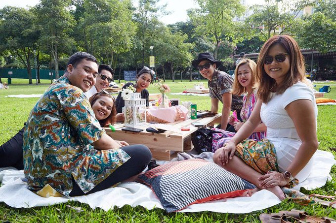 Picnic Wedding at the Park by Megu Weddings - 015