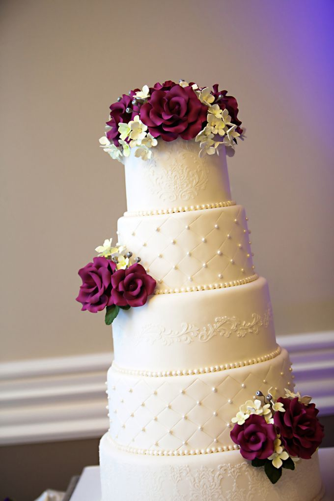 Wedding Cakes by CUPCAKES COMPANY - 003