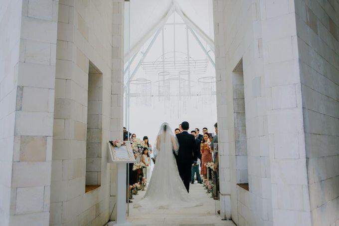 The Wedding of Larrie & Vivienne by BDD Weddings Indonesia - 015