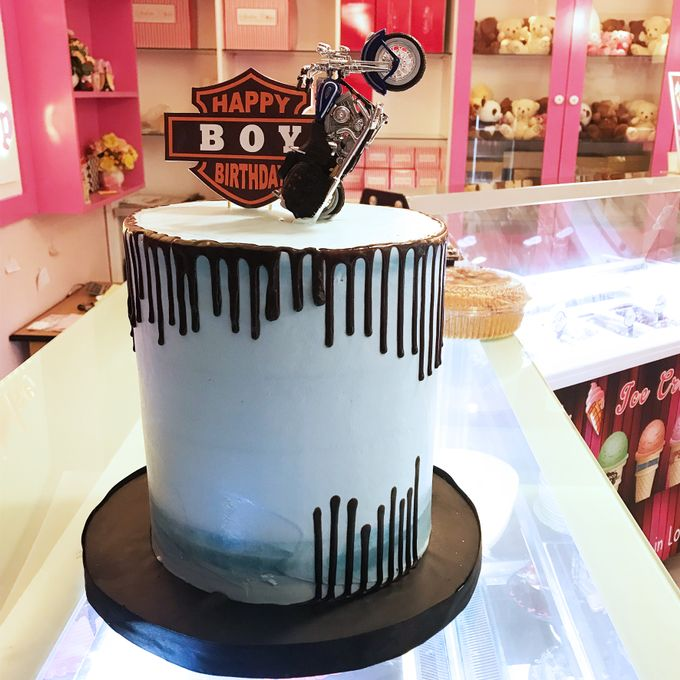 Birthday Cake Part 2 by Libra Cake - 049