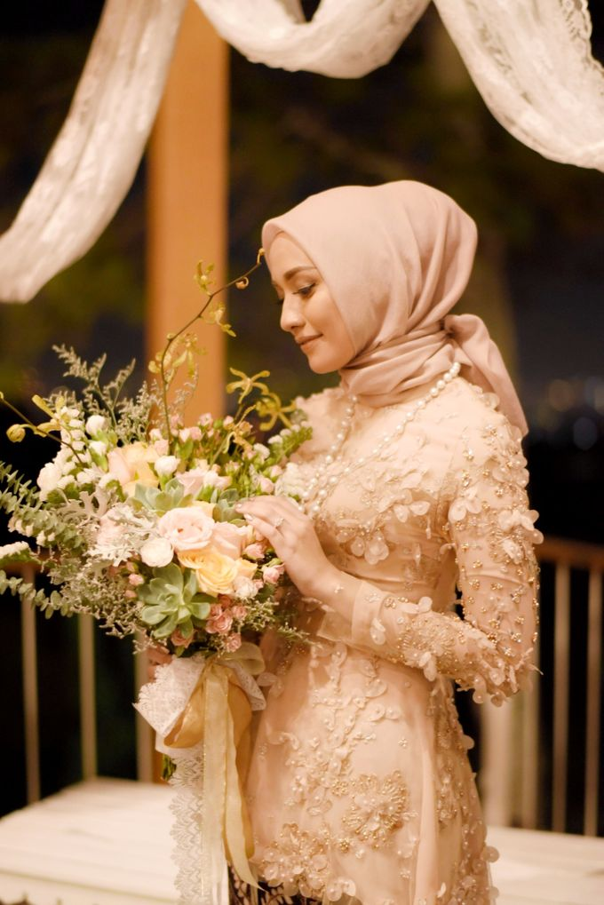 Mega & Aul Engagement by Garland Galore Flower Shop - 005