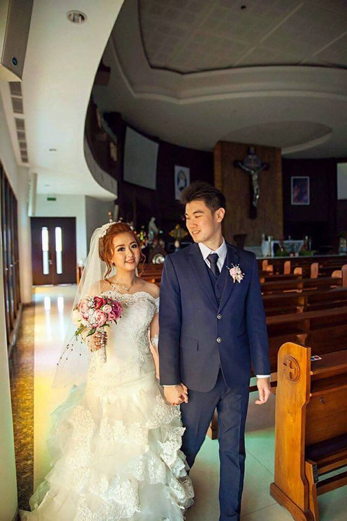 The wedding ceremony of Pingkan & Ferdhian by KYRIA WEDDING - 006