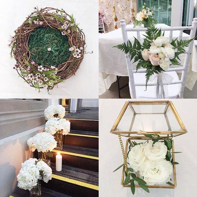 Solemnization / Reception Table / Wedding Venue Decoration by Petite Fleur SG - 004