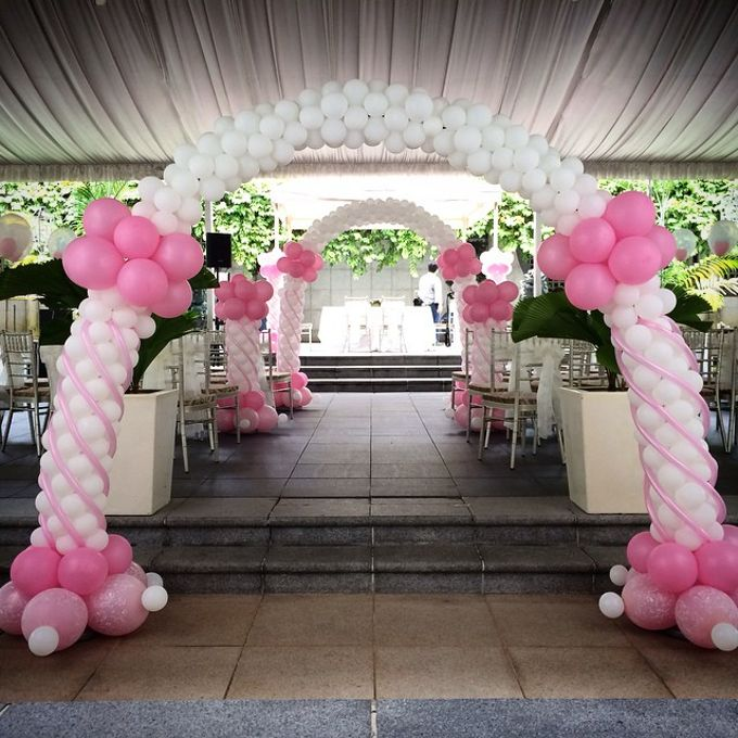 Wedding Arch by Balloon Blasters - 007