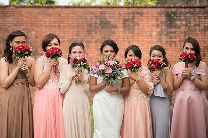 Bouquets  by Weddings by TV - 033